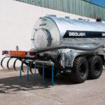 Aplicador de purin Beguer AB4 2,5 metros montado en cuba tandem 17500 litros