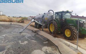 Cisternas agricolas de 22000 litros Beguer con brazo de carga doble